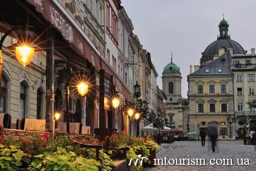Walking in Lviv